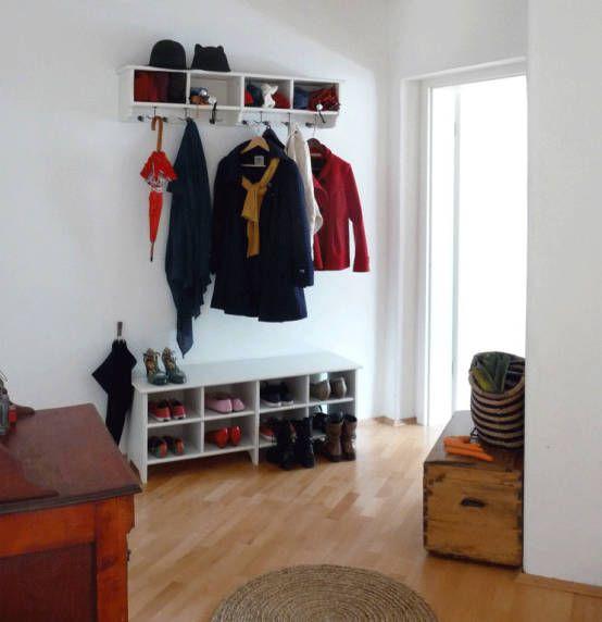 Une entrée chaleureuse : Couloir, entrée, escaliers originaux par Skéa