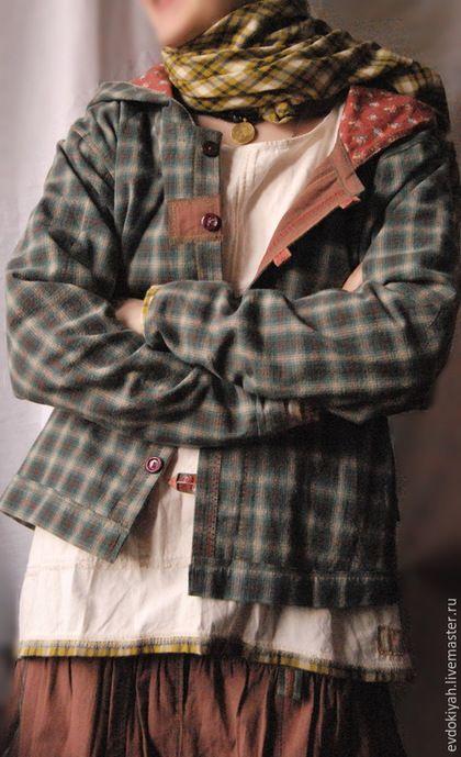 Купить или заказать ОДЕЖДА ДЛЯ СВОБОДНЫХ НАТУР в интернет-магазине на Ярмарке Мастеров. КОСТЮМ ЮБКА+РУБАШКА+НИЖНЯЯ ЮБКА+КУРТКА ДВУХСТОРОННЯЯ+ПЛАТОК Юбка-35 тыс Рубашка-20 тыс Нижняя юбка-25 тыс Платок-10 тыс Куртка 40 000 Можно по желанию подбирать платки разных размеров и фактур,сделать цветную или однотонную нижнюю юбку,и вообще любой костюм можно изменить и доработать по желанию заказчика Только натуральные материалы-марлевки,разнообразные хлопки и льны,штапель,батист Стильный…