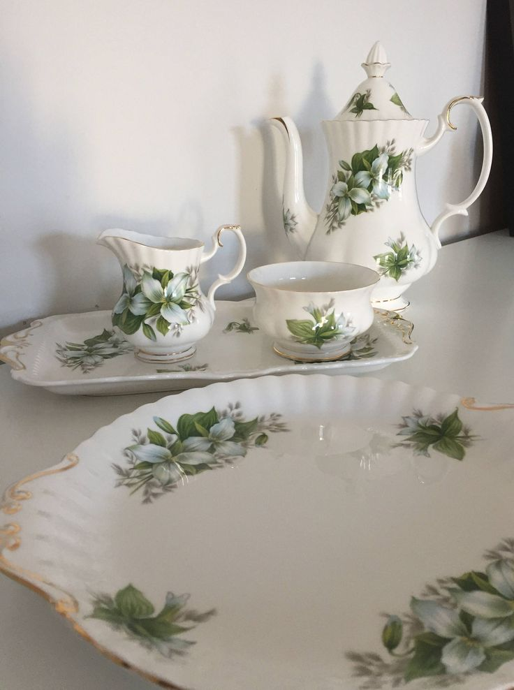 Royal Albert/trillium/china/porcelain/coffe pot/sugar/creamer/cookie/sandwich/plate by WifinpoofVintage on Etsy