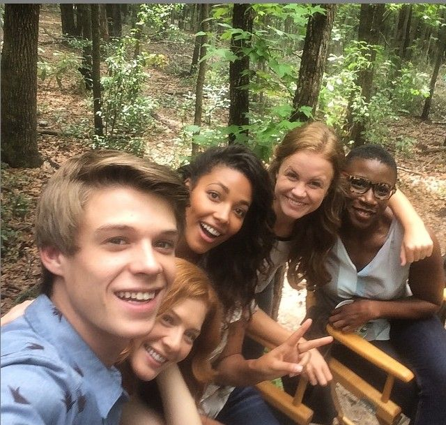 Colin Ford, Rachel Lefevre, Kylie Bunbury, Mackenzie Lintz, and Aisha Hinds Under The Dome Season 3 2015 Cast