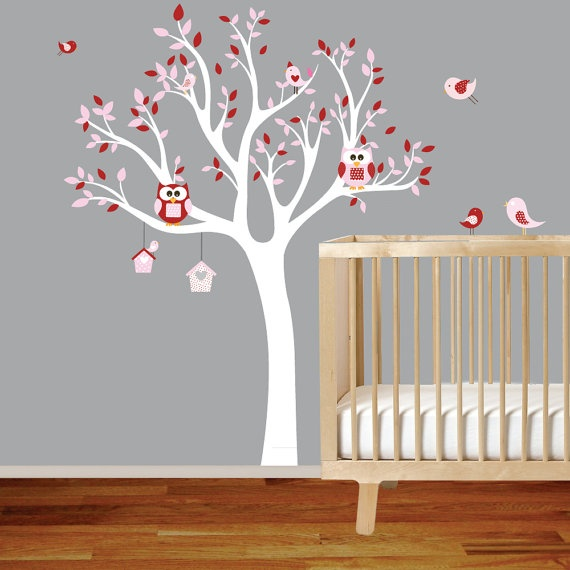 Super cute wall sticker I ordered for my baby girl's room. I just love owls :)