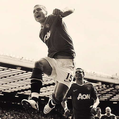 """""""He is a warrior and a captain who will always battle for you."""" - Sir Alex Ferguson on Nemanja Vidic"""