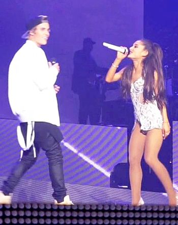 Justin Bieber Forgets Lyrics While Performing Live With Ariana Grande - Us Weekly