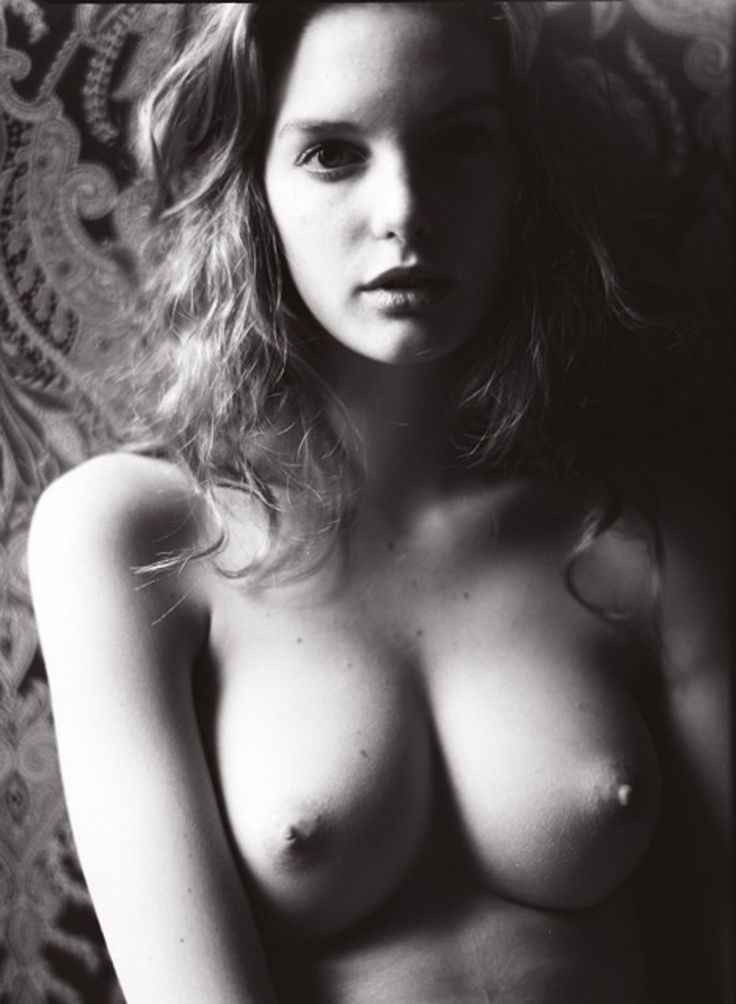 http://drunkenstepfather.com/wp-content/uploads/2014/10/Clara-Settje-Nude-8.jpg