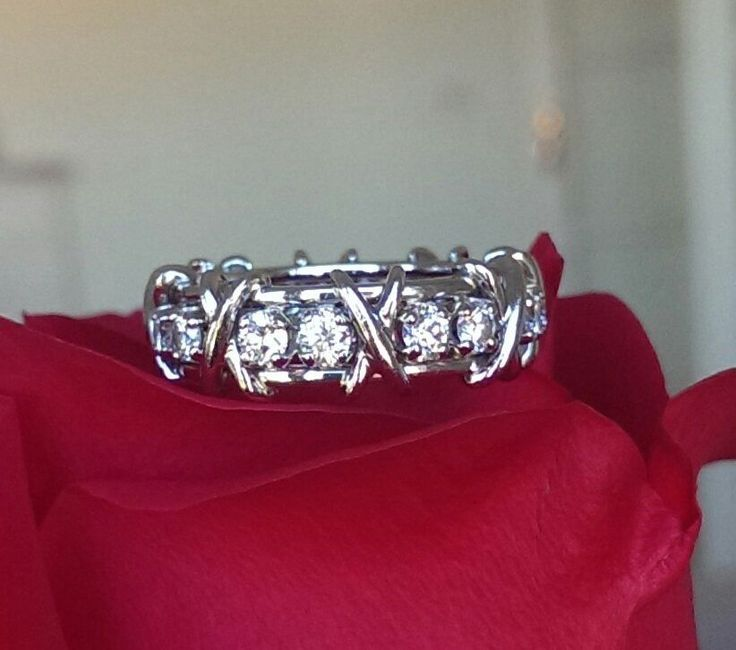 Tiffany & Co Schlumberger 16 Stone Diamond and Platinum Eternity Ring Size 7