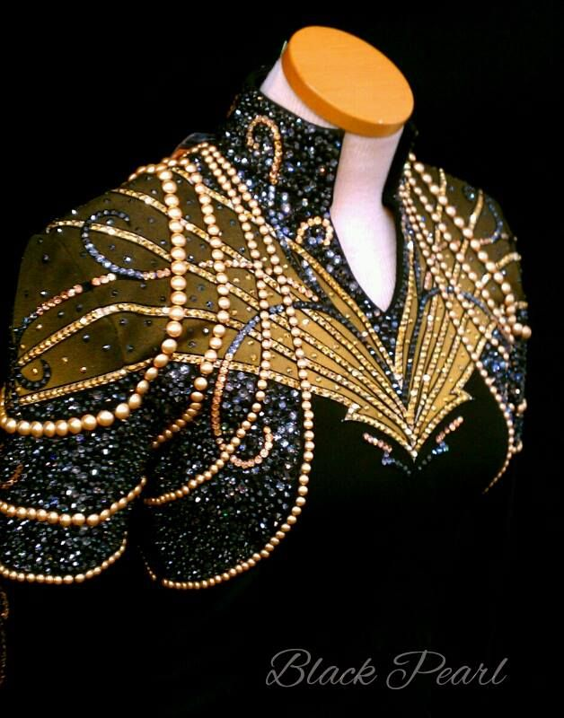 Berry Fit's Black Pearl Jacket would want different collar