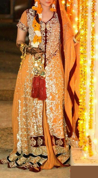 Pakistani Bride - Mehndi dress / celebration