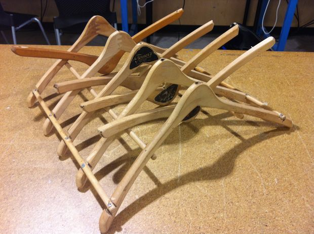 52 best images about plate holder plans plate rack plans for Wooden clothes drying rack plans