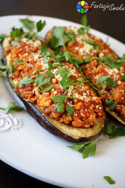Bakłażan faszerowany mięsem mielonym z indyka, pomidorami włoskimi i kaszą owsianą http://fantazjesmaku.weebly.com/blog-kulinarny/baklazan-faszerowany-miesem-mielonym-z-indyka-pomidorami-wloskimi-i-kasza-owsiana