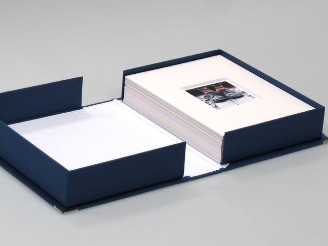 Kit Box Fotomatica + Passepartout per Pellicole Polaroid - Impossible - Fuji FP - prensetazione / archiviazione -   info@fotomatica.it   www.fotomatica.it