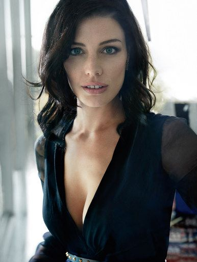 Mark Seliger photographs Mad Men Actor, Jessica Pare, for Vanity Fair, July 2012