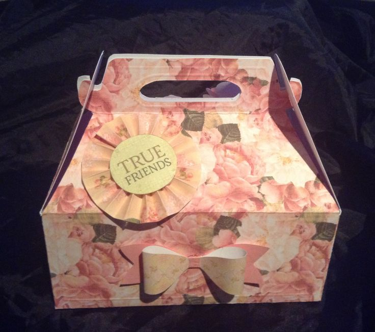 My first handmade floral gift box....not too shabby.....just shabby chic! (Front)