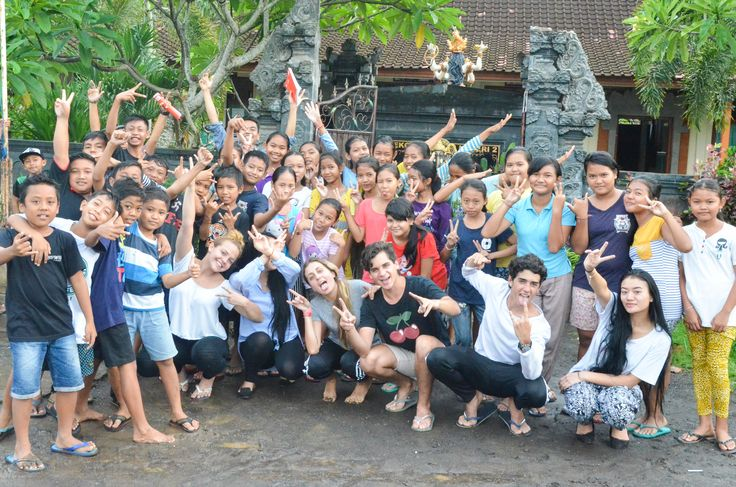 Our volunteers and their students acting crazy all together!!