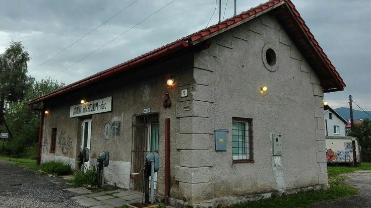 reiv    station