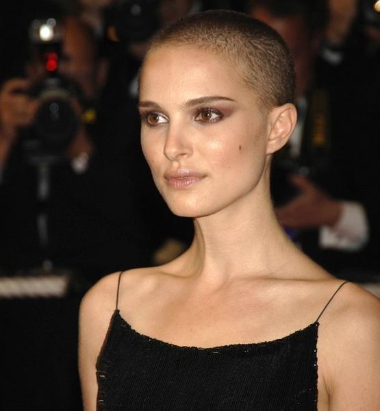 Natalie Portman buzz cut   Cut It Off   Pinterest