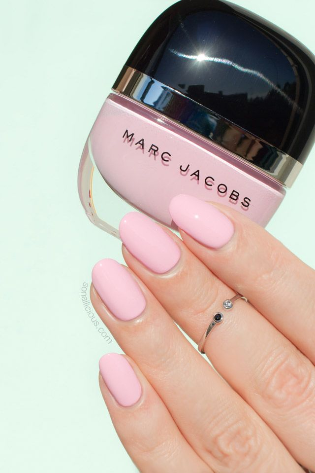 Pale Pink Nail Polish || Marc Jacobs Peep Swatches + Review