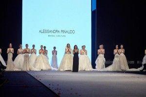 """Alessandra Rinaudo ha aperto il """"Wedding Fashion Izmir"""", la fiera turca dedicata agli sposi del 2 febbraio scorso, con una deliziosa sorpresa, ossia la preview della collezione bridal 2017 di Nicole Spose. Ufficialmente, i nuovi abiti da sposa saranno presentati…"""