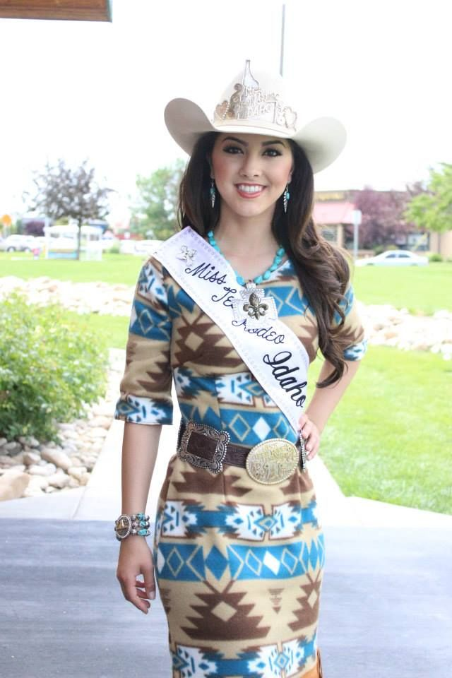 Rodeo Queen: Close up pic of Just Mine dress I made.