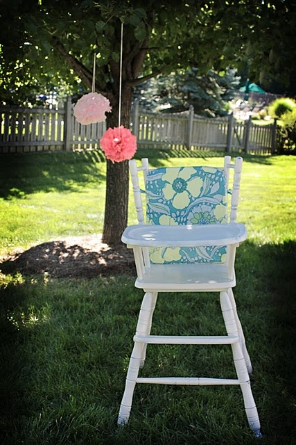love this antique high chair...gotta find one to redo