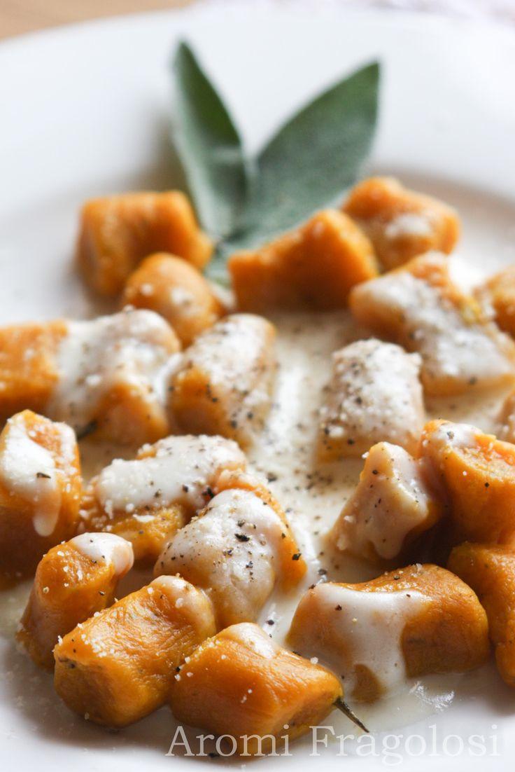 Gnocchi di zucca con fonduta di formaggio