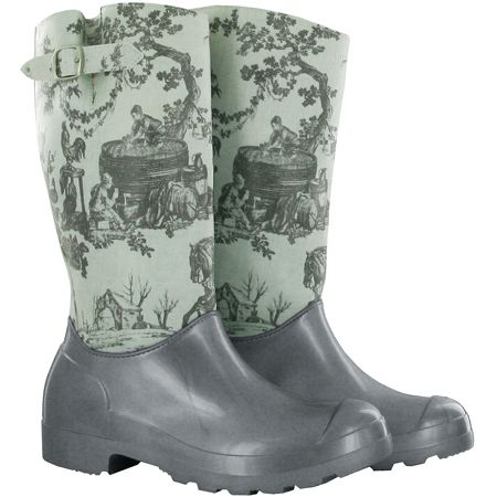 It can keep your feet dry in the rain!