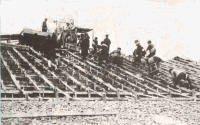 オートレース競技場の観覧席の工事