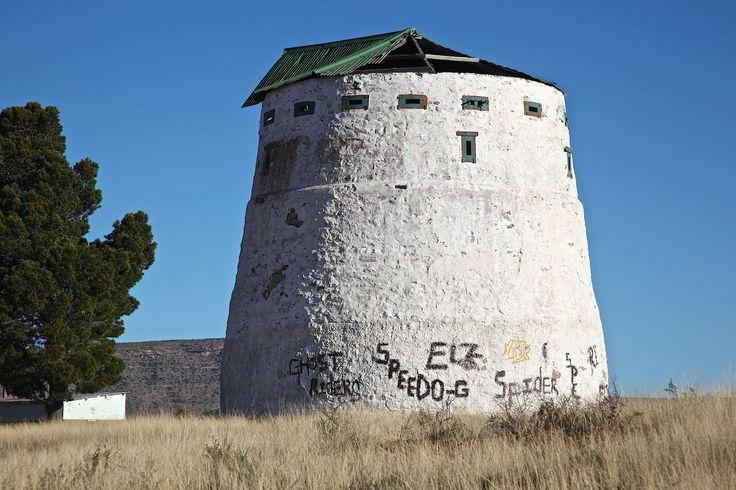 File:Anglo-Boer War Blockhouse Noupoort -001.jpg