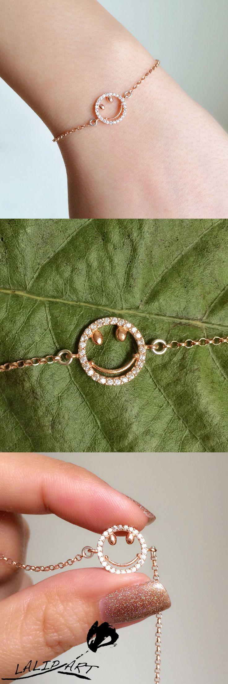 smile emoticon bracelet - silver emoticon bracelet - happy face bracelet - smily face silver bracelet - rose gold emoticon -smily emoji face.By LalipArt