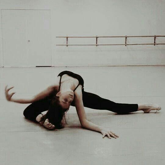 Pin van Лилия Владимировна op Ballerina   Verkennen