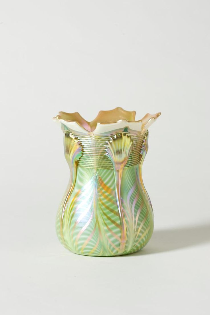 785 best iridescentcameo and other art glass images on pinterest quezal art glass and decorating company 1901 1924 iridescent glass vase reviewsmspy