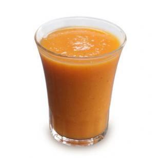 Un rico smoothie para comenzar el día:  2 tazas de duraznos cortados en tiras  1 taza de jugo de zanahoria  1 taza de jugo de naranja