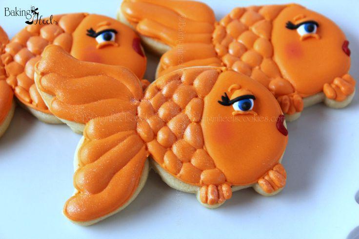 Girly Goldfish Decorated cookies, Birthday Party Cookies, Animal Cookies, Fish Cookies, Shimmer cookies, Dorothy Cookies, Goldfish cookies by Bakinginheels on Etsy https://www.etsy.com/listing/181499963/girly-goldfish-decorated-cookies