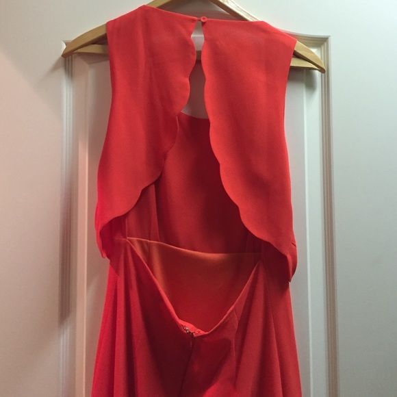 DOUBLE ZERO scallop dress Worn once. Coral/orange scalloped dress. Lined. Open back. Scallop accents. Double Zero Dresses Mini