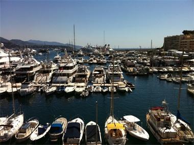 <Travel>「アタミは本当にモナコに似ているわね」 僕がモナコを訪れた際にモナコで生活するリッチなマダムから言われた言葉です。確かに言われてみれば地形は似ている。とすれば、熱海の再開発のヒントはモナコにある、ということか?【LEON編集長 前田陽一郎】  http://lexus.jp/cp/10editors/contents/leon/index.html    ※掲載写真の権利及び管理責任は各編集部にあります。LEXUS pinterestに投稿されたコメントは、LEXUSの基準により取り下げる場合があります。