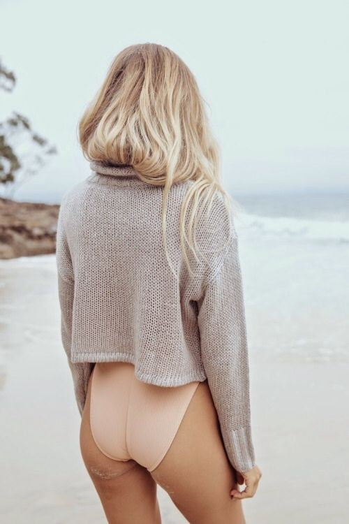 No need for pants when you're at the beach. In fact, no need for that jumper either.