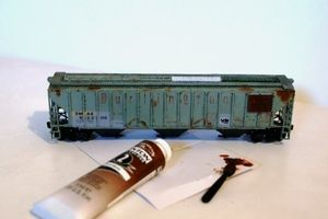 Weathering Model Trains: Realistic Rust Patches