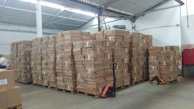 Polícia Rodoviária apreende mais de mil caixas de cigarros do Paraguai em Pardinho -   A Polícia Militar Rodoviária registrou nesta segunda-feira, dia 08, um flagrante de contrabando na Rodovia Castelo Branco, município de Pardinho. Foram apreendidos 1049 caixas e 16 pacotes de cigarros de origem estrangeira.  Durante a operação Impacto na SP-280, km 158, perto da praça - https://acontecebotucatu.com.br/policia/policia-rodoviaria-apreende-mais-de-mil-caixas-