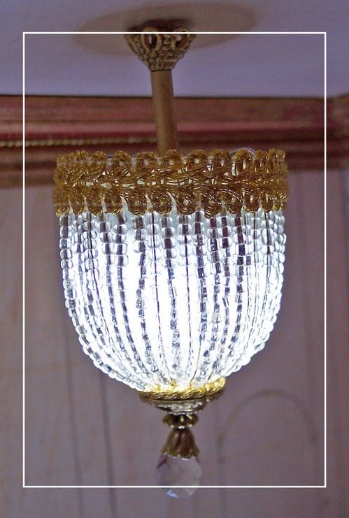 Very cool miniature chandelier tutorial...get google translator...