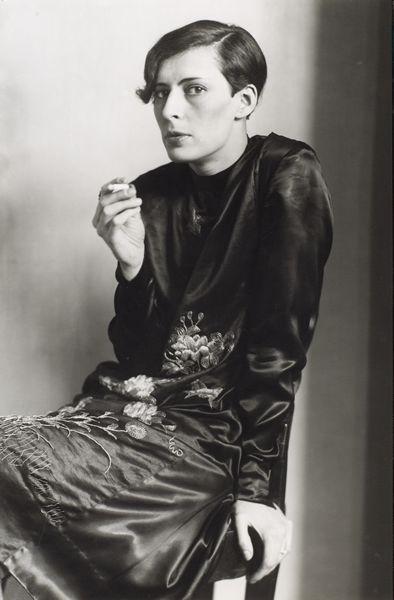 Secretary, by August Sander 1931