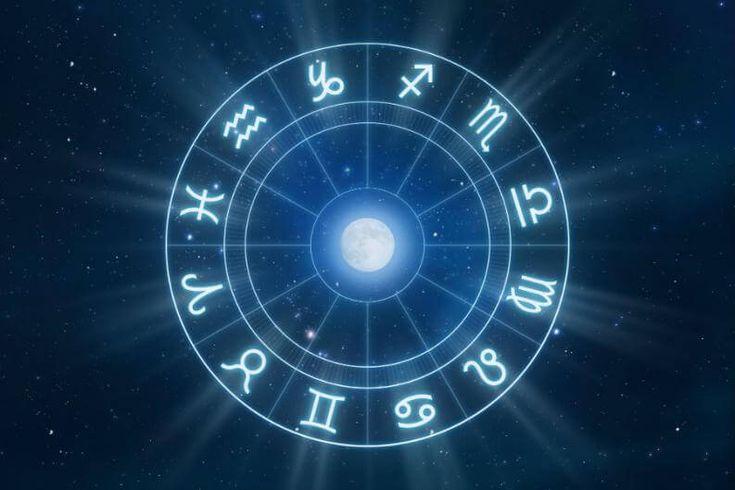 ✨✨✨ Les recuerdo que este sábado 10 de marzo estaremos desde las 5:00pm aprendiendo las bases de Astrología y la receta de nuestro exquisito té de la casa. No te lo puedes perder. 🌕🌖🌗🌘🌑🌒🌓🌔 Significado de la hora de nacimiento  Características de los signos Cuales son las 12 casas zodiacales y sus significados. Reserva tu cupo en el 3223422326. Valor 60 mil pesos www.tucentrodeequilibrio.com #astrologia #curso #cursodeastrologia #tedelacasa @suentrenadora @jaime_fit