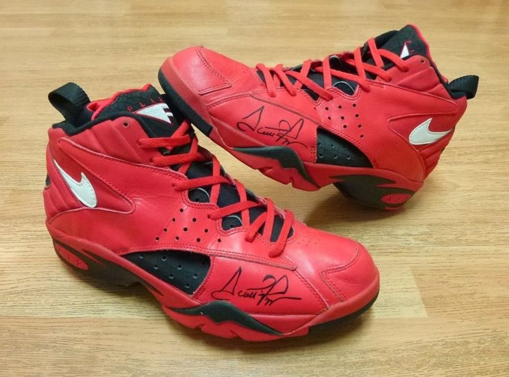 latest nike basketball shoes nike air flight