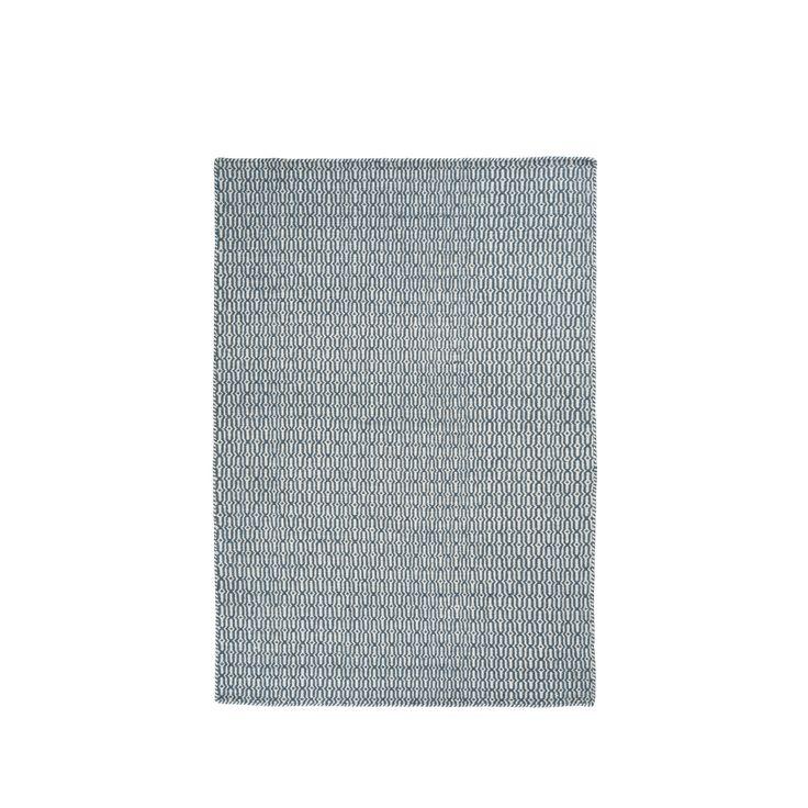 Tile matta är handvävd i 100% ull. Linie Designs mattor är utvecklade av ledande skandinaviska designers och hantverkare. Mattorna går att få i specialbeställda mått utöver standardmåtten.