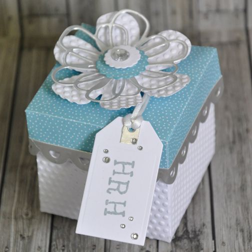 How to Make a Gift Box Fit for Royalty #Papercraft #Sizzix #PeteHughes