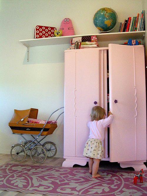 www.kidsroomzuid.blogspot.nl Roze kast voor de #meisjeskamer