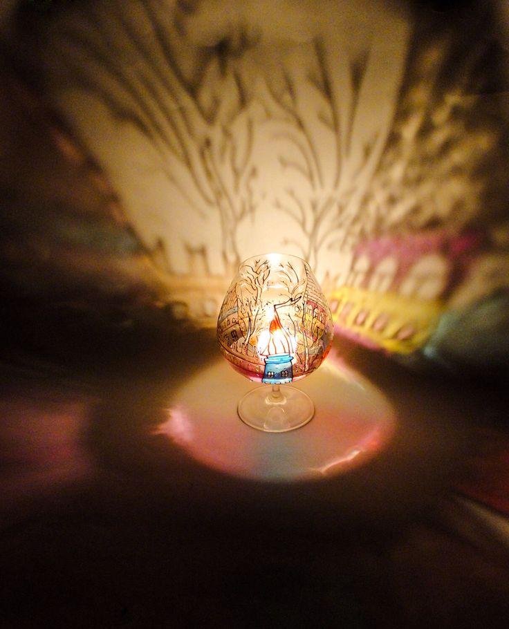 Grandi portacandele di vetro verniciato, grosso bicchiere di Brandy, bicchieri personalizzati, candela titolare, cicchetto bicchieri di vetro di Vitraaze su Etsy https://www.etsy.com/it/listing/183073564/grandi-portacandele-di-vetro-verniciato