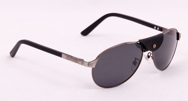 Солнцезащитные очки Cartier в металлической оправе серого цвета, в фирменной упаковке, с поляризованными стеклами (защита от бликов и УФ излучения) #19609 !! Последняя распродажа модели !! Продаётся с большой скидкой !! !! Отличное качество и низкая цена