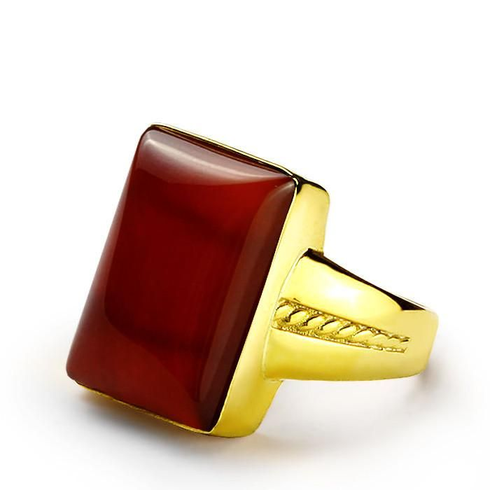 Men's Ring with Natural Red Agate in 14k Yellow Gold #mensjewelry #giftforman #fashionring #vintagejewelry #turquoise #onyx #giftforhim #jewelry #ringforman #gem