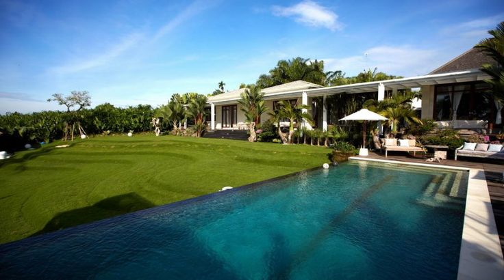 Villa Pure | 6 bedrooms | Canggu, Bali #wedding #venue #canggu #bali #gardenwedding