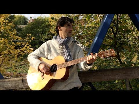 Sylvain Moraillon - T'attendre (Clip Officiel) - YouTube