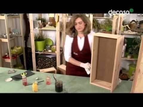 Con un simple mueble de bricolaje sencillo, hacemos una cómoda muy especial que parece que la hemos hecho utilizando restos de madera reciclada y todo con té...